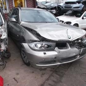 BMW320201